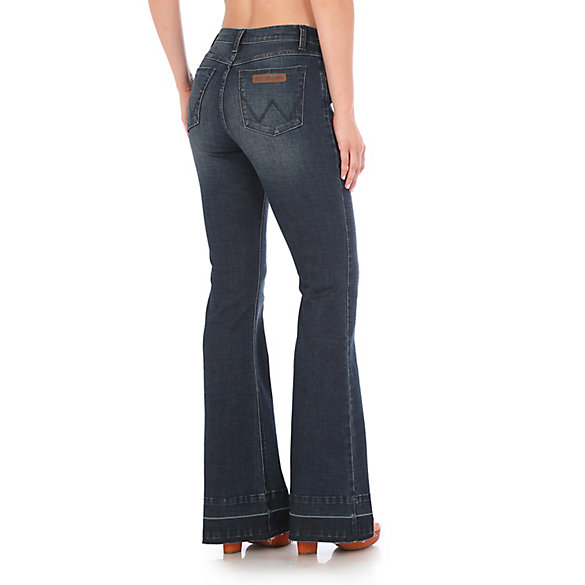 Women's Wrangler Retro® High Rise Flare Jean