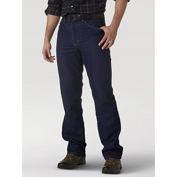 Wrangler Rugged Wear® Stretch Regular Fit Jean