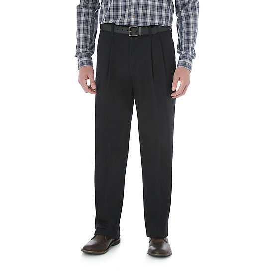 Wrangler® Advanced Comfort Business Casual Pleated Pant (Big Sizes)
