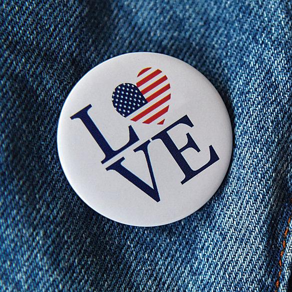 USA Love Pin