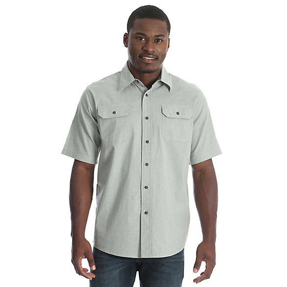 Wrangler® Solid Short Sleeve Twill/Chambray Spread Collar Shirt