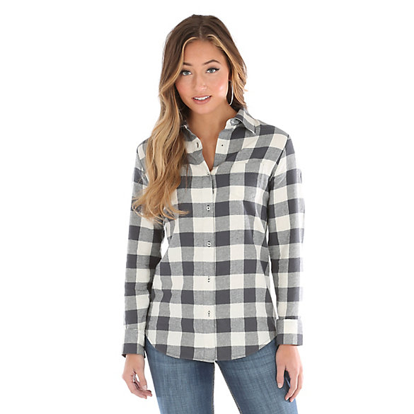 Women's As Real As Wrangler® Long Sleeve Button Down Flannel Plaid Top