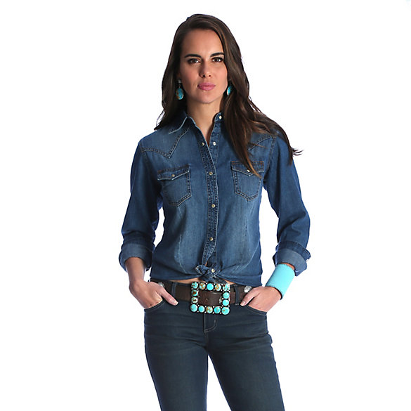 Women's Long Sleeve One Point Yokes with Arrow/Feather Embroidery on Back Yoke Denim Shirt