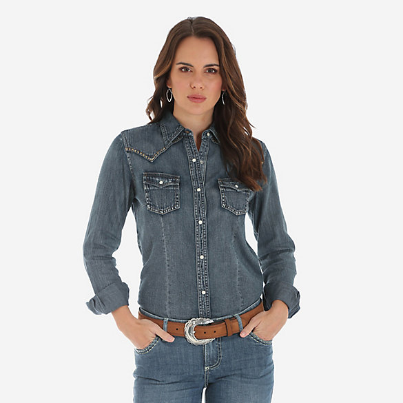 Women's Long Sleeve Skull And Feather Embroidered Denim Snap Shirt