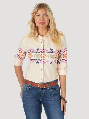 Women's Wrangler Retro® Long Sleeve Horizonal Southwestern Print Western Snap Shirt