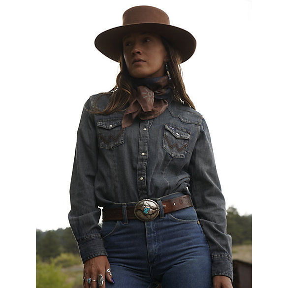 Women's Long Sleeve Western Snap Denim Top
