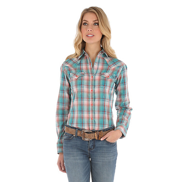 Women's Long Sleeve Western Snap Plaid Crackle Wash Top