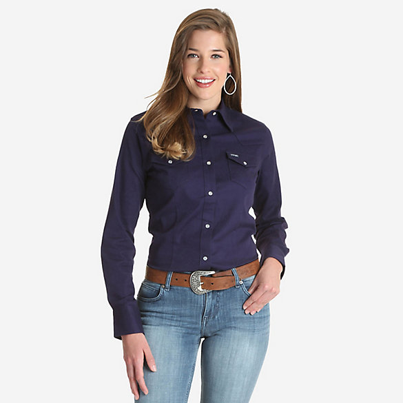 Women's Long Sleeve Serged Hem Western Snap Top