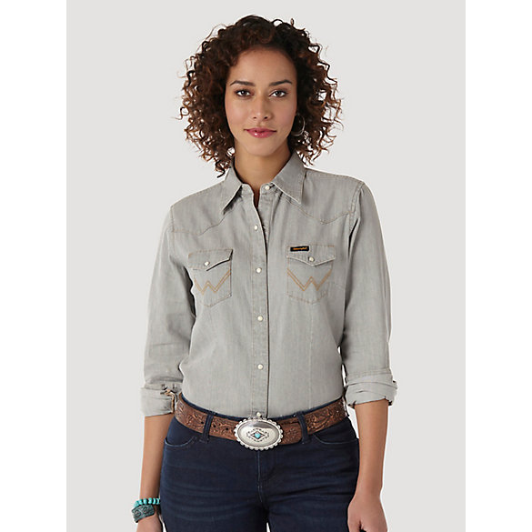 Women's Long Sleeve Western Snap W Stitching on Pocket Denim Shirt