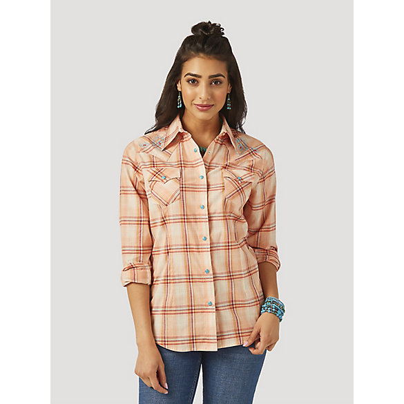 Women's Wrangler Retro® Long Sleeve Embroidered Yoke Plaid Western Snap Top