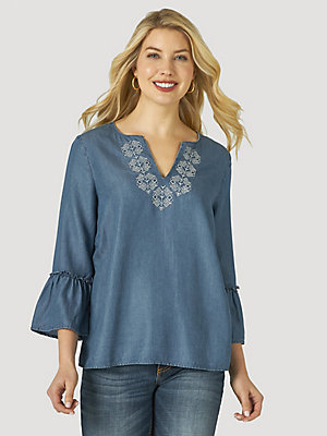 Women's Wrangler Retro® Long Sleeve Chambray Embroidered Blouse