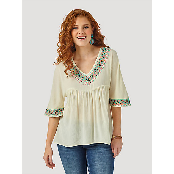 Women's Wrangler Retro® Aztec Trim V-Neck Crinkle Top
