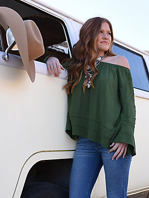 Women's Wrangler Retro® Off-The-Shoulder Bell Sleeve Blouse