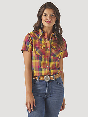Women's Wrangler Retro® Short Sleeve Plaid Western Snap Top