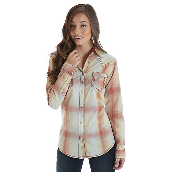 Women's Long Sleeve Plaid Western Snap Top with Crackle Finish