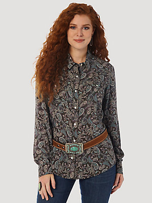 Women's Wrangler Retro® Long Sleeve Paisley Print Western Snap Shirt