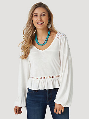 Women's Wrangler Retro® Long Sleeve Crochet Trim Crop Top