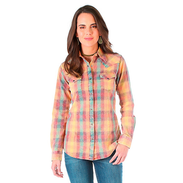 Women's Long Sleeve One Point Yokes and Bleach Wash Splatter Wash Plaid Top