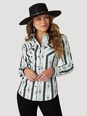 Women's Wrangler Retro® Long Sleeve Fitted Western Snap Print Shirt