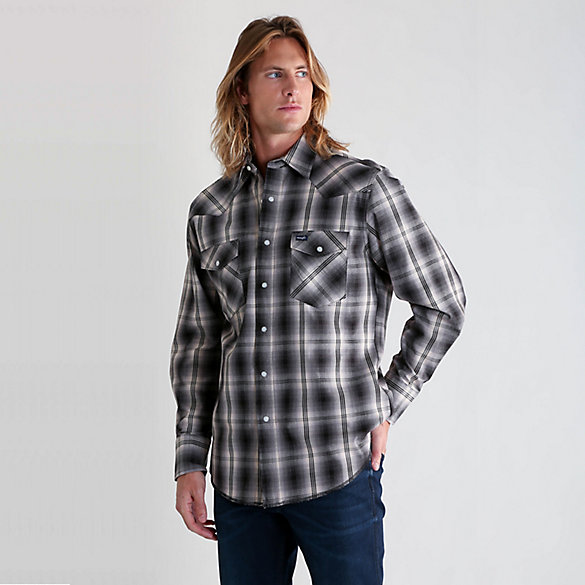 Premium Performance Advanced Comfort Cowboy Cut® Long Sleeve Spread Collar Plaid Shirt