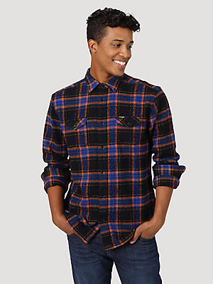 Men's Wrangler® Flannel Two Pocket Long Sleeve Plaid Shirt