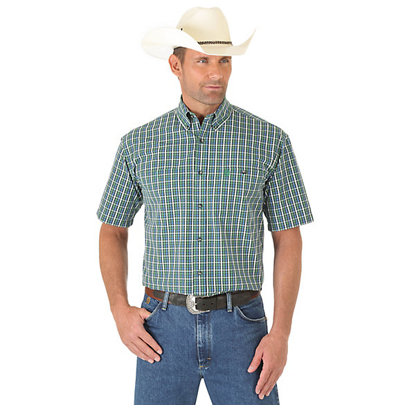 Men's George Strait Short Sleeve Button Down Two Pocket Plaid Shirt