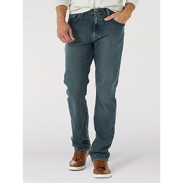 Genuine Wrangler® Advanced Comfort Straight Fit Jean