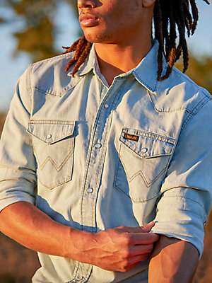 Men's Wrangler® Worn Denim Shirt