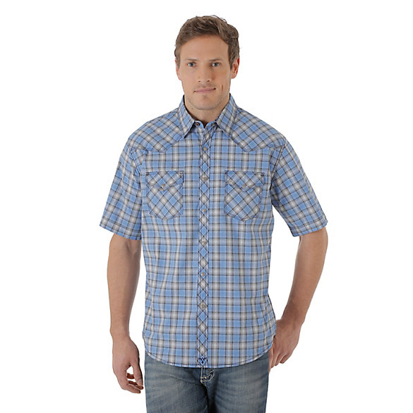 Men's Wrangler® 20X® Competition Advanced Comfort Short Sleeve Western Snap Two Pocket Plaid Shirt
