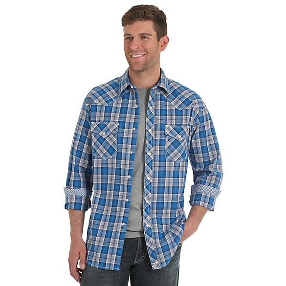 Men's Wrangler® 20X® Competition Advanced Comfort Long Sleeve Two Pocket Western Snap Plaid Shirt