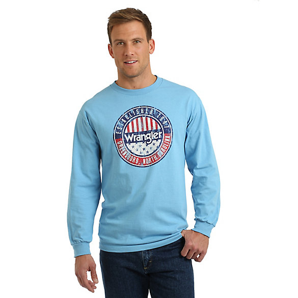 Men's Wrangler® Logo Long Sleeve Graphic T-Shirt