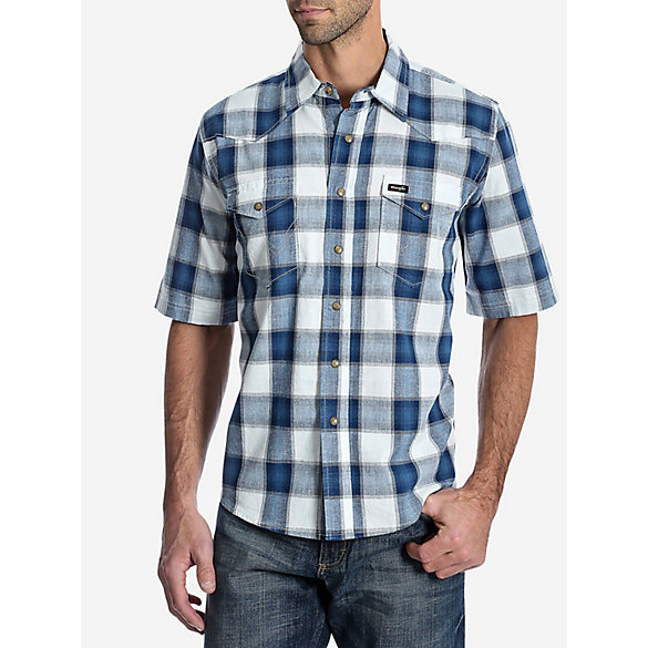 Men's Wrangler® Short Sleeve Western Snap Plaid Shirt