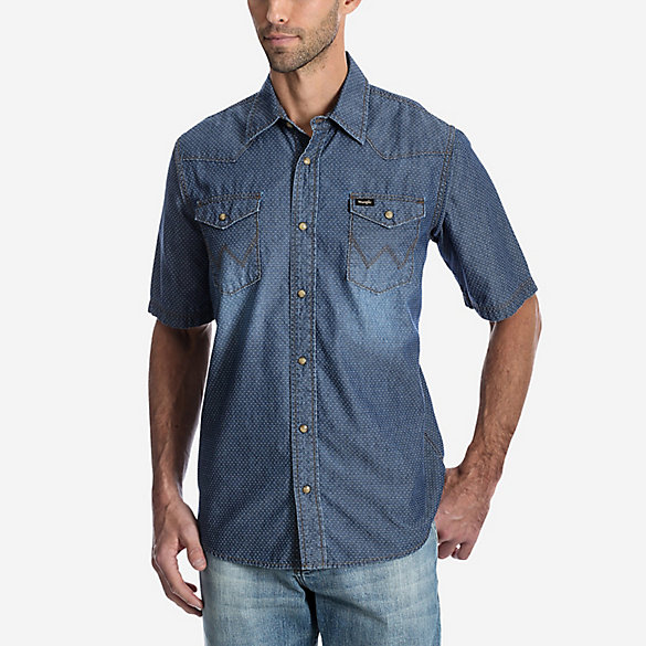 Men's Wrangler® Short Sleeve Swiss Dot Denim Snap Shirt