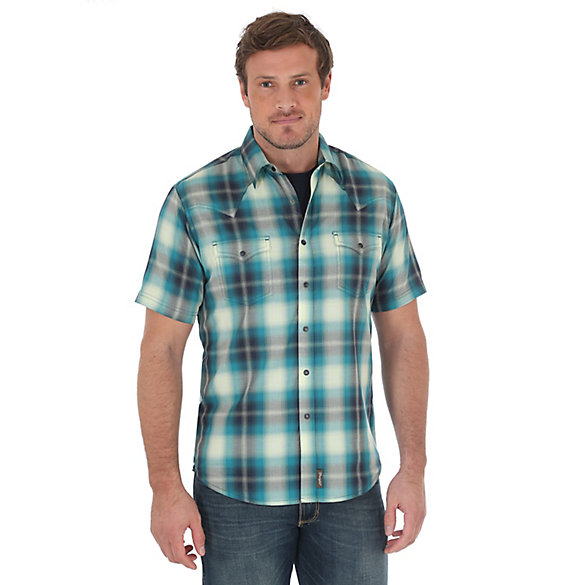 Men's Wrangler Retro® Short Sleeve Western Snap Two Needle Topstitching Plaid Shirt