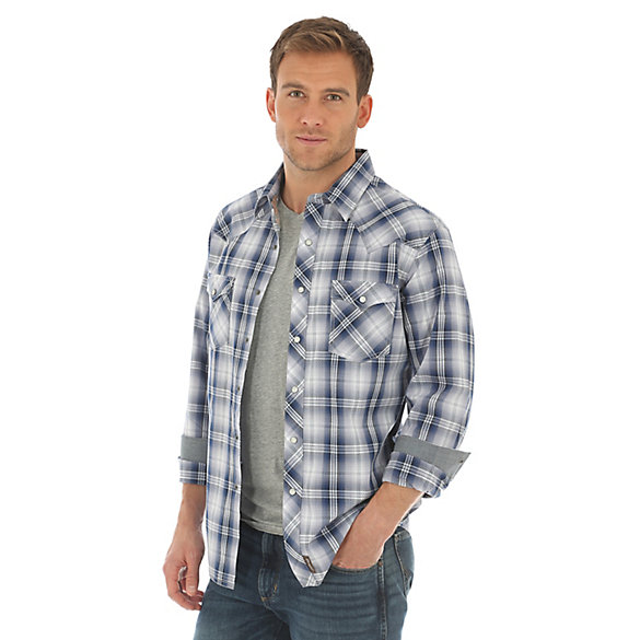Men's Wrangler Retro® Long Sleeve with Contrast Trim Western Snap Plaid Shirt