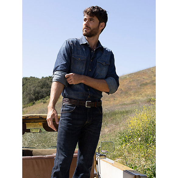 Men's Wrangler Retro® Long Sleeve Blue Denim Western Shirt