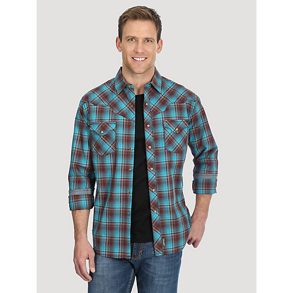 Men's Wrangler Retro® Mitered Western Yoke Snap Long Sleeve Shirt