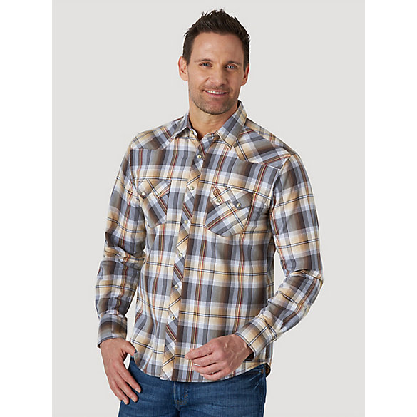 Men's Wrangler Retro® Long Sleeve Sawtooth Snap Pocket Western Shirt