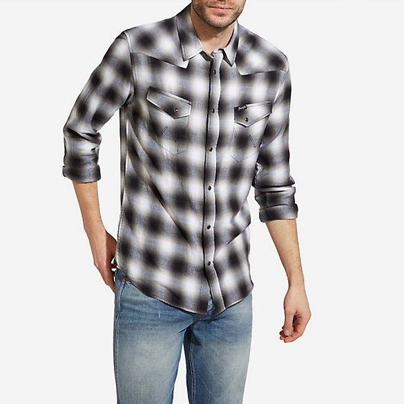 Men's Wrangler® Born Ready Long Sleeve Western Snap with Slanted W Pockets Plaid Slim Fit Shirt
