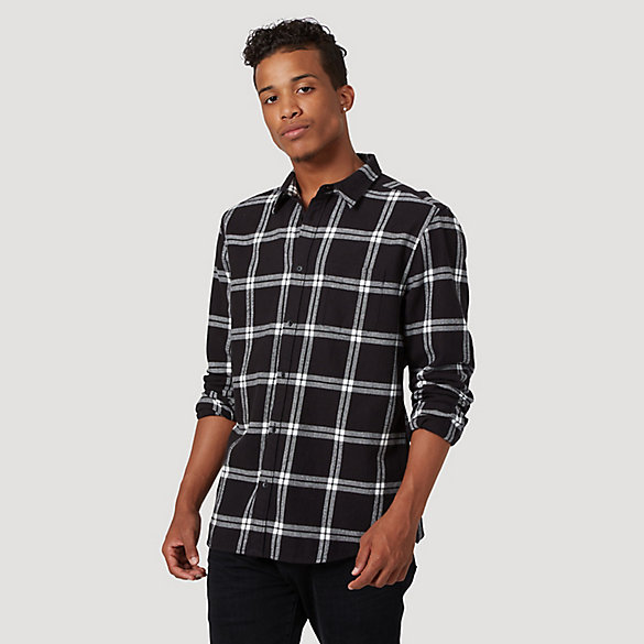 Men's Wrangler® Long Sleeve One Pocket Plaid Shirt