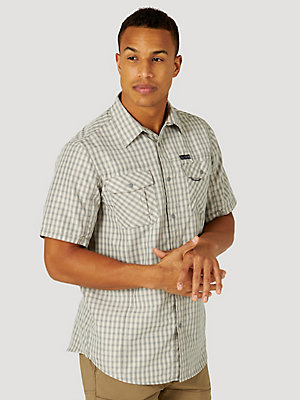 ATG™ by Wrangler® Men's Plaid Short Sleeve Utility Shirt