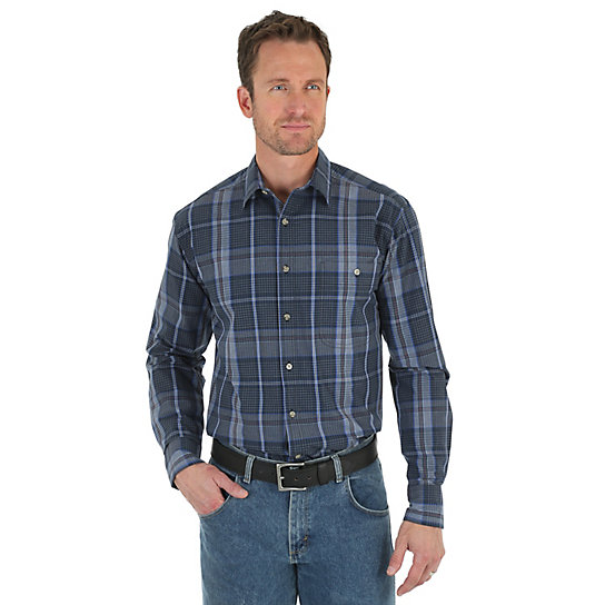Men's Wrangler Rugged Wear® Wicking Long Sleeve Button Down One Pocket Plaid Shirt