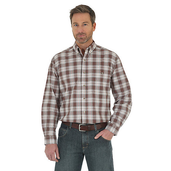 Men's Wrangler Rugged Wear® Long Sleeve Button Down Blue Ridge Plaid Shirt
