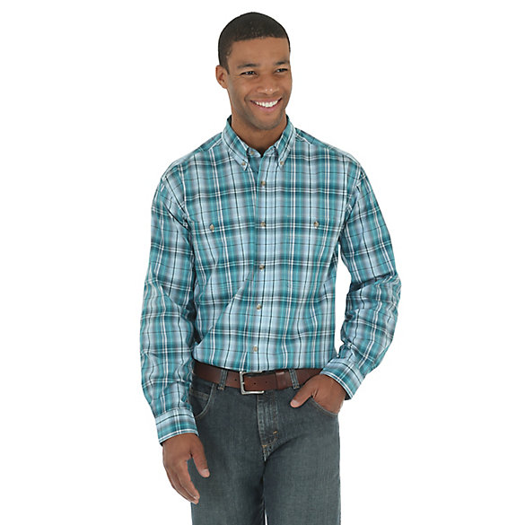Men's Wrangler Rugged Wear® Wrinkle Resist Long Sleeve Button Down Plaid Shirt
