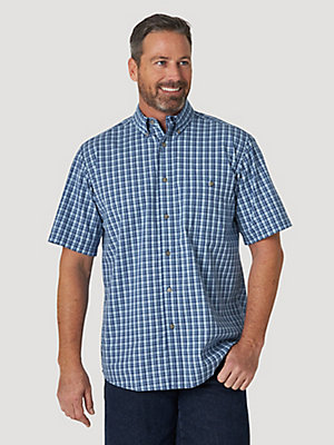 Wrangler Rugged Wear® Short Sleeve Wrinkle Resist Plaid Button-Down Shirt