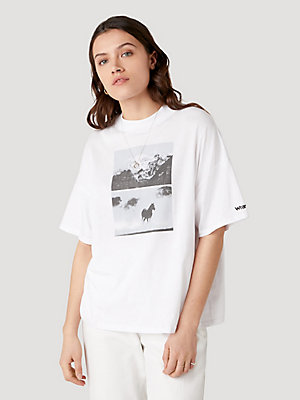 Women's Wrangler® Horse Graphic Tee