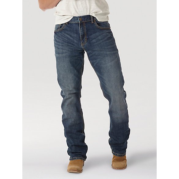 From classic relaxed fits to new, modern skinnies, Levi's® jeans for men are designed for style and function. Jeans make the man. Jeans make the man. We make the jeans.
