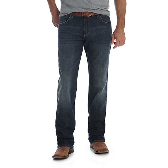 Men's Wrangler Retro® Relaxed Fit Straight Leg Jean