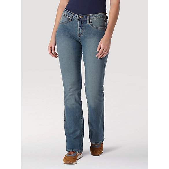 c7204a8e28 Aura from the Women at Wrangler® Instantly Slimming™ Jean